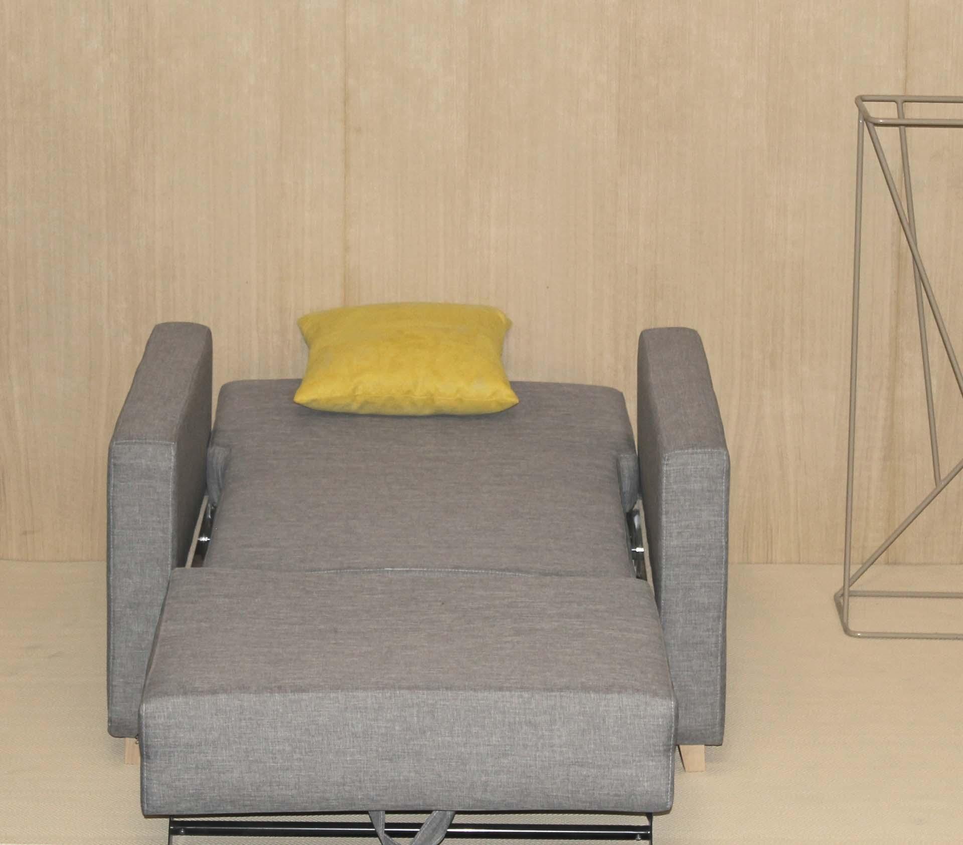 Sofá cama geriatría con mecanismo de apertura fácil