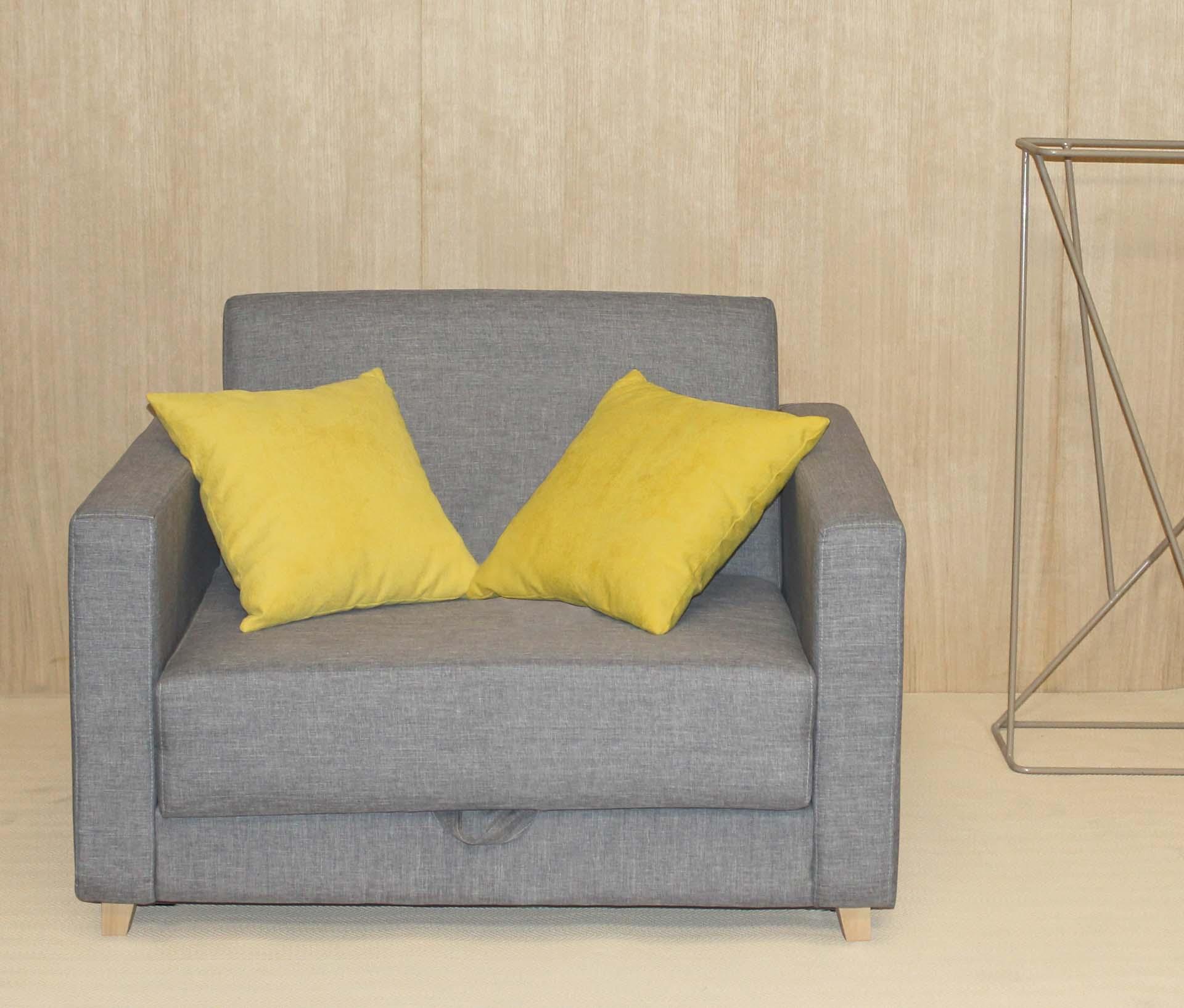 Sofá cama geriatría con mecanismo de apertura fácil de SENIORCARE