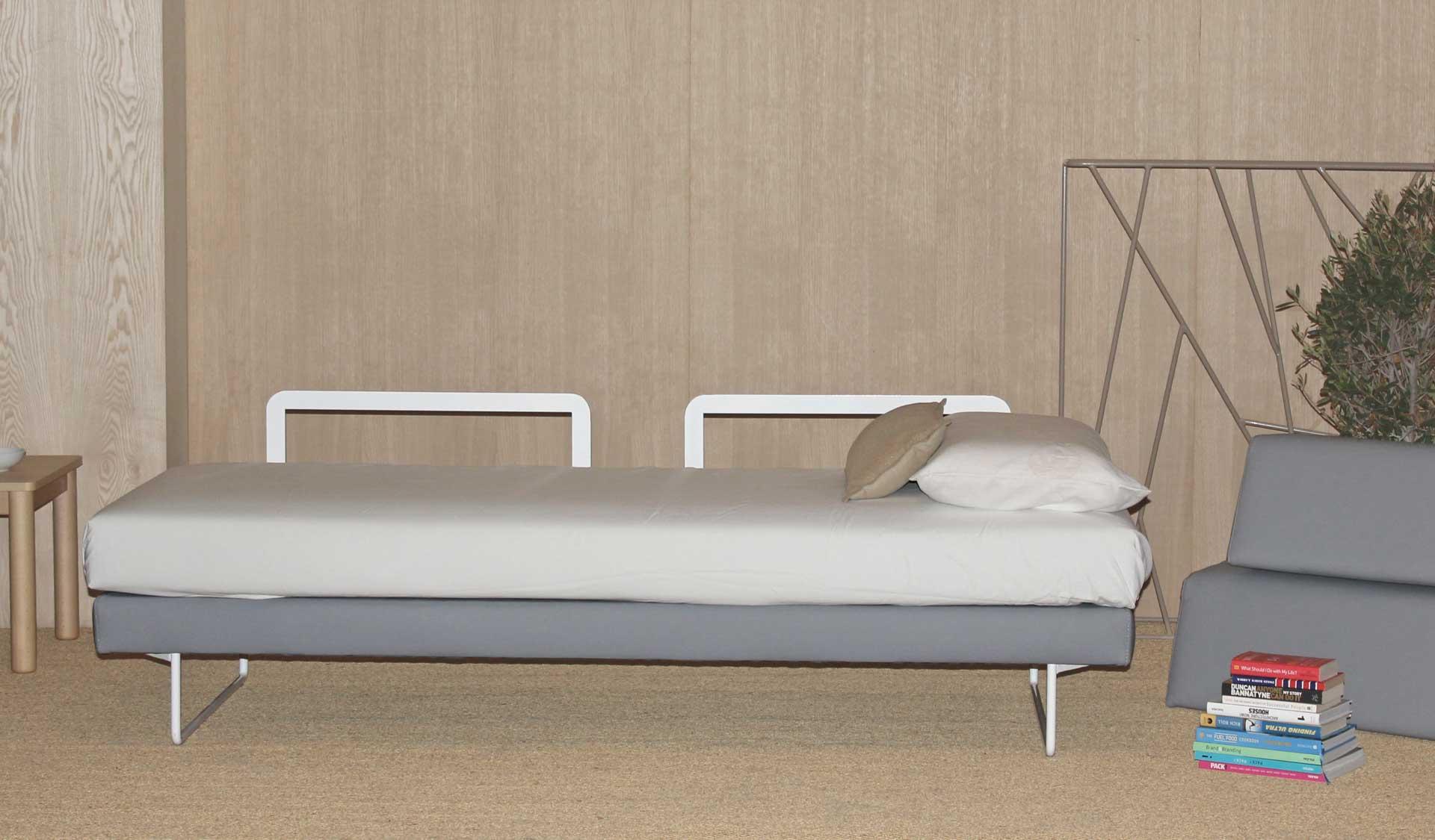 Sofá para residencias cómodo y confortable de la colección ELIS