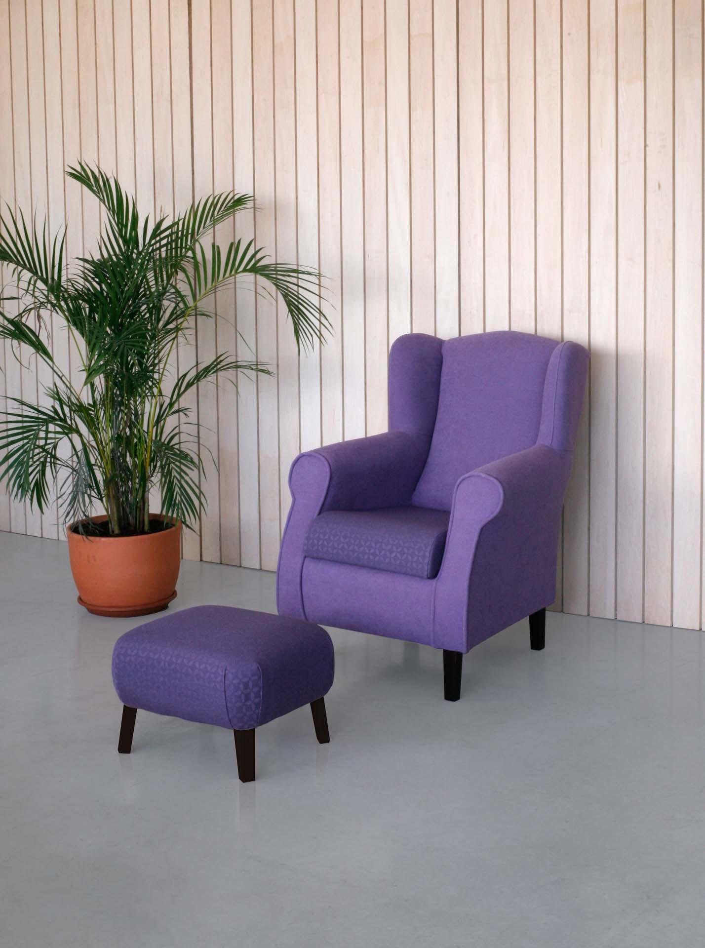 Mecedoras y sillones para residencias de la colección ESTELA