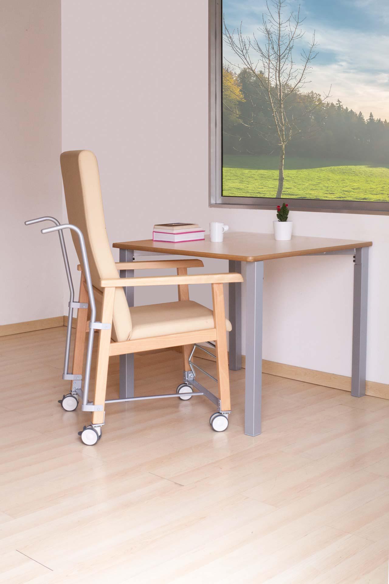 Mesas y mobiliario de instalación geriátrica de la colección HIEDRA
