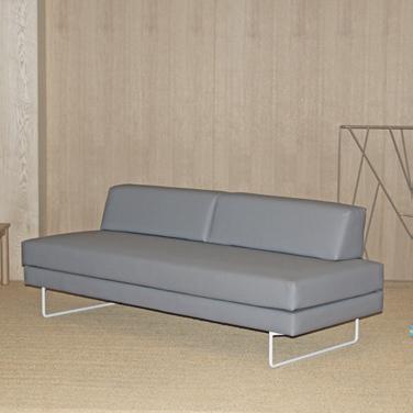 Sofá para residencias de una de las colecciones de mobiliario para geriatría