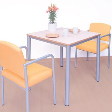 Mesas para entornos geriátricos y hospitalarios
